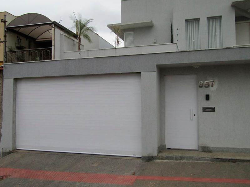 porta_de_enrolar_aluminio_int2