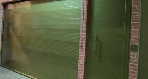 porta_de_enrolar_aluminio1
