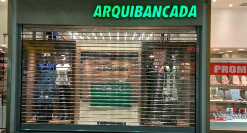 porta_de_enrolar_comercial_arquibancada