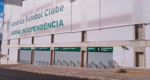 porta_de_enrolar_comercial_estadio_independencia