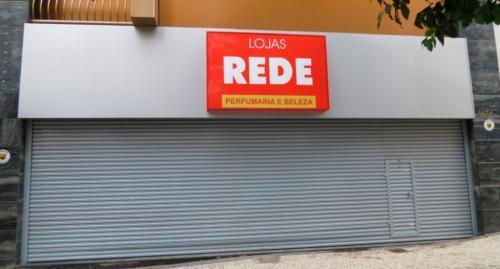 porta_de_enrolar_comercial_lojas_rede