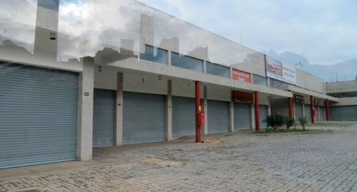 porta_de_enrolar_comercial_mall