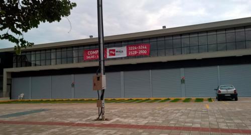 porta_de_enrolar_comercial_mall3